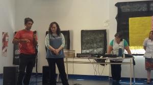 Fernando Zárate y Karina Crespo compartiendo experiencias creativas.